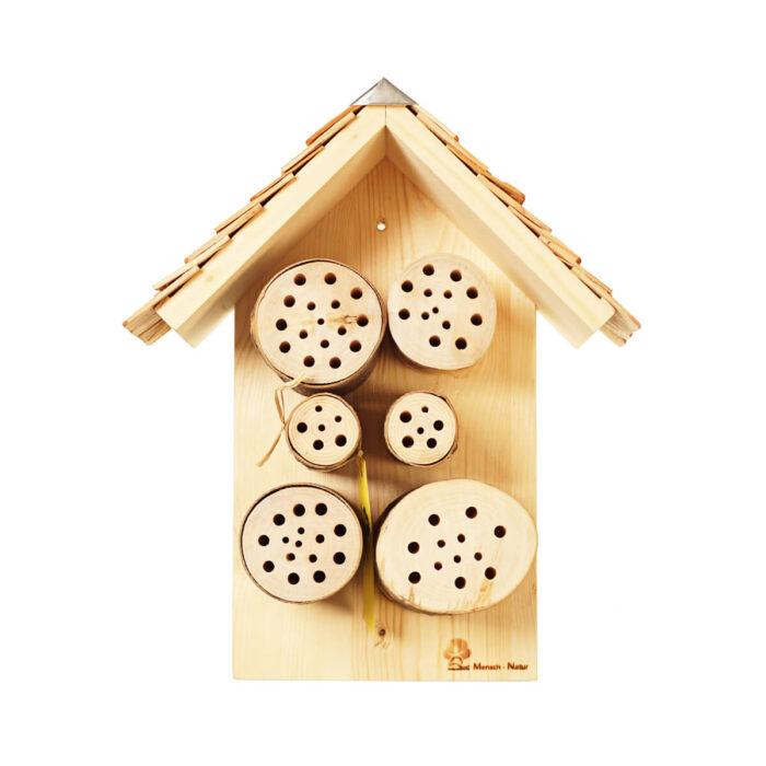 Holzrugel mit Schindeldach